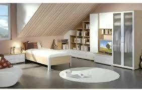 Wohnzimmer Mit Dachschräge Ideen Youtube Avec Schlafzimmer