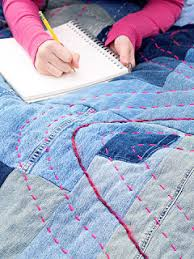 Quilt Inspiration: Free pattern day ! Denim quilts & Simply Denim Quilt by Ashlee, based on the Simply Denim Quilt tutorial by  Natalia Bonner and Kathleen Whiting at Piece N Quilt Adamdwight.com