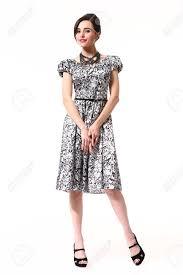 Fokrmal パーティー夏の髪型髪のスタイルを持つ女性プリント半袖ドレス