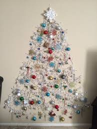 Alluring 25 Wall Hanging Christmas Tree Inspiration Of Wall Christmas Trees That Hang On The Wall