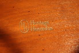 antique coffee table genuine mahogany heritage henredon duncan phyfe leather top cf18405d