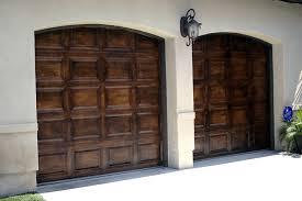 painting metal garage doors to look like wood wageuzi paint ling off aluminum garage door