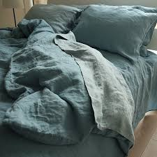 differences of flat and fitted bed sheets