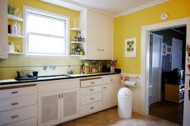 painting kitchen wallsyellow painting kitchen walls  Home Decorating Ideas