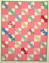 Betty's Baby Bowtie Quilt Â« Moda Bake Shop & Betty's Baby Bowtie Quilt Adamdwight.com