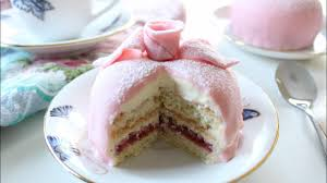 How To Make Swedish Princess Cake Prinsesstårta Danielas Home