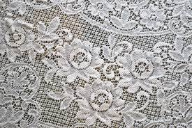 vintage lace tablecloth round 1