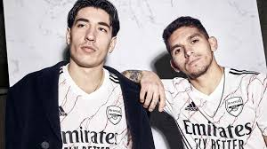 Its straight hem marks it out as a shirt made for fans. Arsenal S 2020 21 Kit New Home And Away Jersey Styles And Release Dates Goal Com