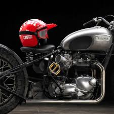triumph bobber by southsiders bike exif