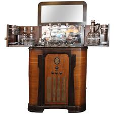 Image Liquor 1stdibs Philco Bar And Radio Cabinet At 1stdibs