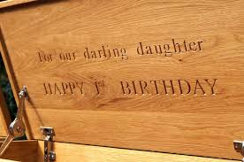 wooden toy box with name engraving from makemesomethingspecial com
