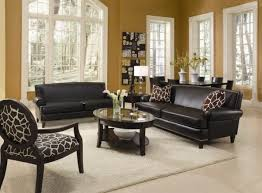 accent chairs in living room