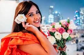 شقيق ياسمين عبد العزيز يردّ على شائعة وفاتها