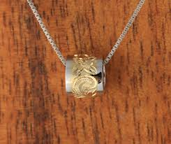 wg yg two tone barrel with scroll engraving pendant makani hawaii hawaiian heirloom jewelry wholer and manufacturer