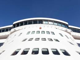 Use These Travel Agents To Book Your Next Cruise Travel Leisure City And Color Booking Agent L