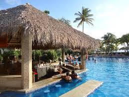 pool bar. Flamingo Beach Resort And Spa: Amazing Pool Bar L