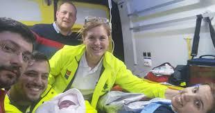 Pai faz parto da própria filha na A4 em Macedo de Cavaleiros