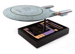 Uss Enterprise Light Up Model New 24 Inch Uss Enterprise D Star Trek Tng Model Coming