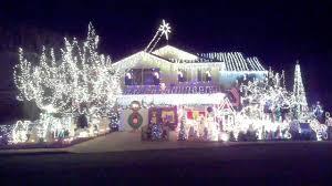 Temecula Ca Christmas Lights Santa In The Window Christmas Lights In Temecula