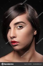 Módní účes účes Stylový Fringe Krátké Vlasy Styl Krása žena