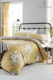 Catherine Lansfield Canterbury Bed Set
