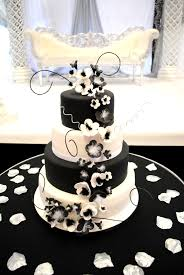 Cake Desserts Black And White Wedding Cakes With Red Roses Cake
