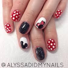 Mickey & Minnie #polkadots #polkadotnails #disney #disneynails #mickeymouse  #minniemouse #glitter #glitterna… | Mickey nails, Minnie mouse nails, Mickey  mouse nails