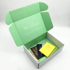 corrugated cardboard shipping mailer printed packaging gift box shipping box