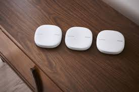 Ikea Smart Light Smartthings Samsung Has A New Smartthings Hub And Router With Plumes