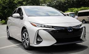 2017 Toyota Prius Prime Plug-In Hybrid Drive | Review | Car and Driver