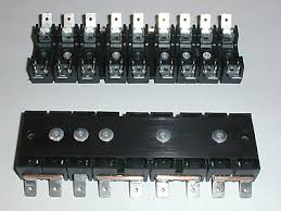 aftermarket fusebox for ferrari 308 and 512 series if you would like to buy this fusebox drop me a line