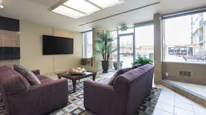 round table menlo park design decorating as well as soothing avenue two apartments redwood city 1107