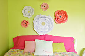 eye catchy diy paper wall décor ideas