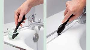 Pour réaliser cette opération d'assemblage il nous faut donc: Changer Les Joints D Une Baignoire Avec Les Bons Outils