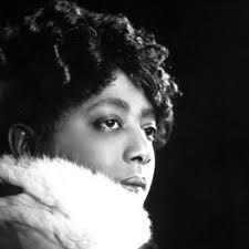 Mamie Smith: álbumes, canciones, playlists   Escuchar en Deezer