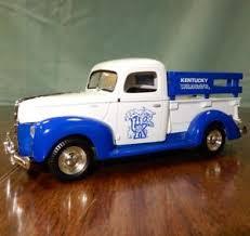Ertl Prestige Ser. University of Kentucky Wildcats 1940 Ford Pickup ...