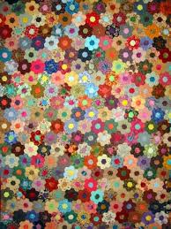 Absolutely beautiful!! Can't even begin to imagine how much work ... & beautiful hexagon Grandmothers Flower Garden Quilt by Masako - the only one  Ive ever seen that I like! It is truly amazing what can be done within ... Adamdwight.com