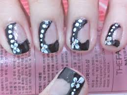 nail art : 5 Simple And Popular Nail Art Designs Awesome ...