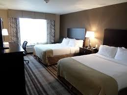 Americas Best Inn And Suites Emporia Holiday Inn Express Emporia Ks Bookingcom