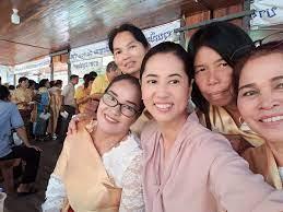 ปรากฏการณ์ ปารีณา อินไม่อินก็ขายได้   ประชาไท Prachatai.com