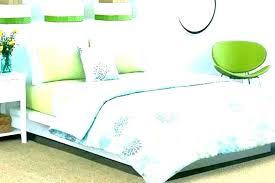 dark green bedding sets hunter green comforter sage green comforter sets hunter king size s queen bedspreads comforters dark green bedding sets unthinkable