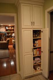 White kitchen pantry cabinet lowes