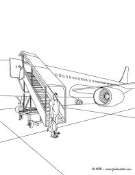 Coloriages Avion Sur La Piste D Atterrissage Fr Hellokids Com