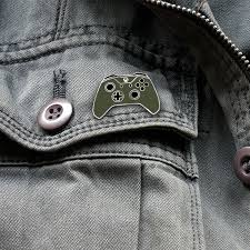 xbox one controller lapel pin xbox design lab military green officially licensed by xbox