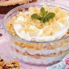 banana macaroon trifle dessert