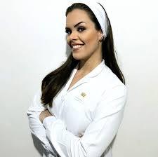 Frequentadora assídua de karaokê e teatro! Dra Ellen Luana Araujo Home Facebook