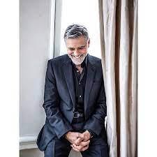 """Dandy Magazine on Instagram: """"🎬 George Clooney 🎬 . Êtes-vous fidèle au  sourire enjôleur de l'acteur américain de 58 ans ? . Ayant opté pour un  style dandy chi…"""