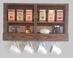 DIY Pallet Kitchen Rack: