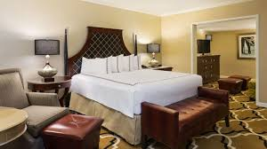 New Orleans Bedroom Decor Suites In New Orleans New Orleans Hotel Rooms