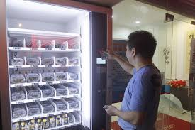 Crab Vending Machine Extraordinary Finally Vending Machine That Dispenses Live Crabs Now In China